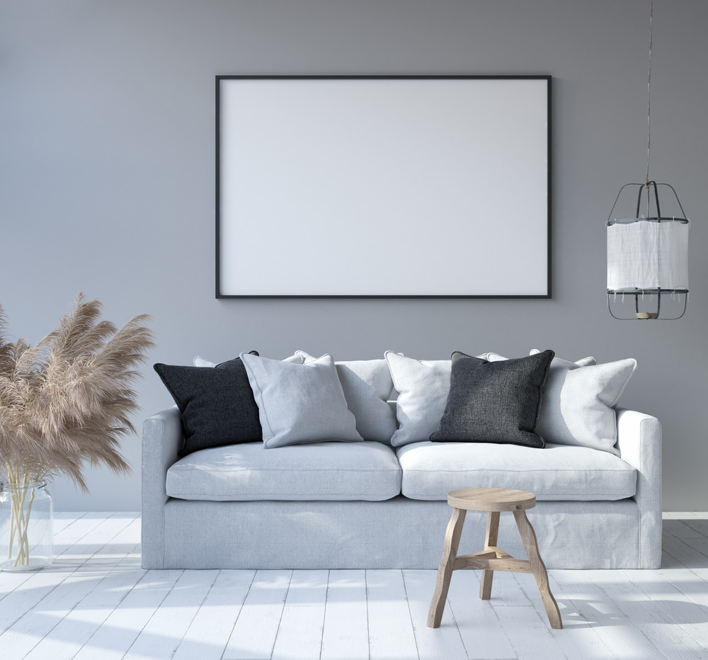 Ny sofa med puder